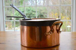 """34cm Jones Bros. saucepan """"Moulton Paddocks"""""""